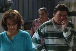 Pat Scully, Joe Scully, Lyn Scully in Neighbours Episode 3962