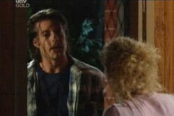 Drew Kirk, Terri Hall in Neighbours Episode 3962