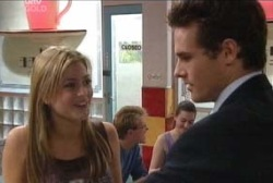 Felicity Scully, Marc Lambert in Neighbours Episode 3962