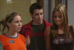 Tad Reeves, Michelle Scully, Felicity Scully in Neighbours Episode 3963