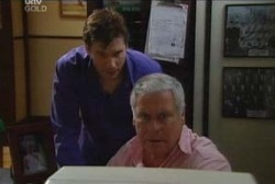 Darcy Tyler, Lou Carpenter in Neighbours Episode 3963