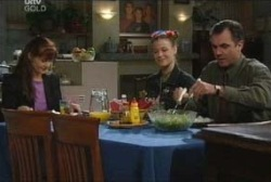 Susan Kennedy, Elly Conway, Karl Kennedy in Neighbours Episode 3964