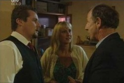 Toadie Rebecchi, Maggie Hancock, Keith Cox in Neighbours Episode 3964