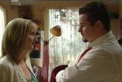 Maggie Hancock, Toadie Rebecchi in Neighbours Episode 3964