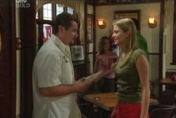 Toadie Rebecchi, Felicity Scully in Neighbours Episode 3966