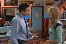 Marc Lambert, Felicity Scully in Neighbours Episode 3966