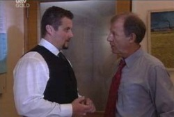 Toadie Rebecchi, Keith Cox in Neighbours Episode 3966