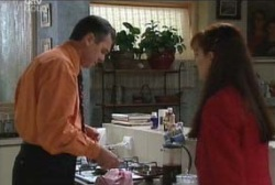 Karl Kennedy, Susan Kennedy in Neighbours Episode 3966