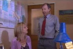 Maggie Hancock, Keith Cox in Neighbours Episode 3966