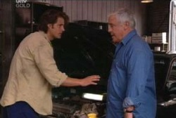 Drew Kirk, Lou Carpenter in Neighbours Episode 3968