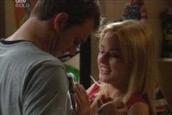 Stuart Parker, Dee Bliss in Neighbours Episode 3970