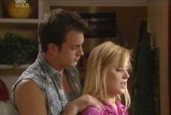 Stuart Parker, Dee Bliss in Neighbours Episode 3971