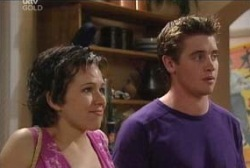 Tracey Slattery, Tad Reeves in Neighbours Episode 3972