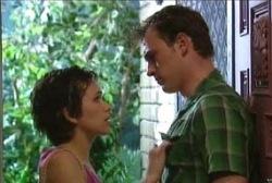 Tracey Slattery, Stuart Parker in Neighbours Episode 3972