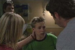 Maggie Hancock, Leo Hancock, Evan Hancock in Neighbours Episode 3974