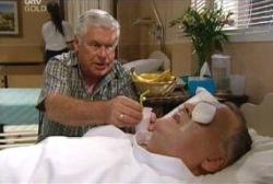 Lou Carpenter, Harold Bishop in Neighbours Episode 3976