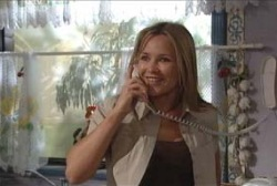 Steph Scully in Neighbours Episode 3977