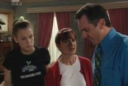Susan Kennedy, Karl Kennedy, Elly Conway in Neighbours Episode 3978