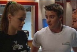 Elly Conway, Tad Reeves in Neighbours Episode 3978