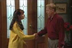 Susan Kennedy, Ian Conway in Neighbours Episode 3978
