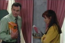Karl Kennedy, Dahl, Susan Kennedy in Neighbours Episode 3979