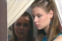 Michelle Scully, Elly Conway in Neighbours Episode 3979