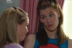 Elly Conway, Michelle Scully in Neighbours Episode 3979
