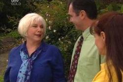 Rosie Hoyland, Karl Kennedy, Susan Kennedy in Neighbours Episode 3979