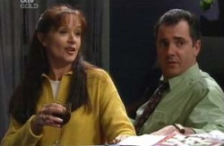 Susan Kennedy, Karl Kennedy in Neighbours Episode 3980