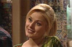 Dee Bliss in Neighbours Episode 3980