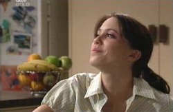 Libby Kennedy in Neighbours Episode 3980