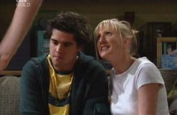 Matt Hancock, Maggie Hancock in Neighbours Episode 3981