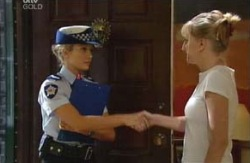Terri Hall, Maggie Hancock in Neighbours Episode 3981