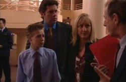 Leo Hancock, Evan Hancock, Maggie Hancock, Keith Cox in Neighbours Episode 3981