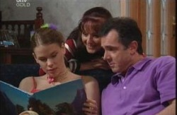 Elly Conway, Karl Kennedy, Susan Kennedy in Neighbours Episode 3983