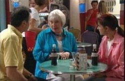 Karl Kennedy, Rosie Hoyland, Susan Kennedy in Neighbours Episode 3984