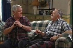 Lou Carpenter, Harold Bishop in Neighbours Episode 3984