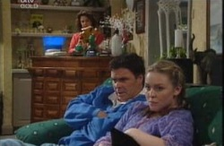Lyn Scully, Joe Scully, Michelle Scully in Neighbours Episode 3985
