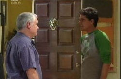 Lou Carpenter, Matt Hancock in Neighbours Episode 3986