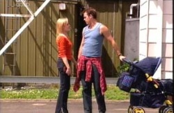 Dee Bliss, Stuart Parker in Neighbours Episode 3989
