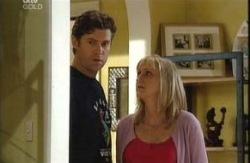 Evan Hancock, Maggie Hancock in Neighbours Episode 3990