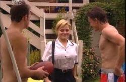 Stuart Parker, Dee Bliss, Damian Slattery in Neighbours Episode 3991