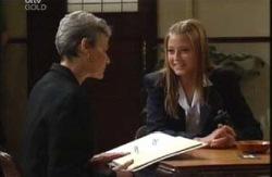 Chloe Lambert, Felicity Scully in Neighbours Episode 3991