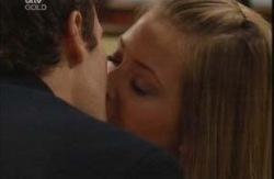 Marc Lambert, Felicity Scully in Neighbours Episode 3991