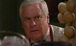 Lou Carpenter in Neighbours Episode 4769