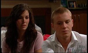 Kayla Thomas, Boyd Hoyland in Neighbours Episode 4774