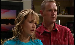 Steph Scully, Max Hoyland in Neighbours Episode 4774