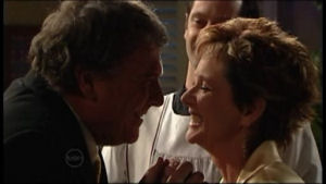 Alex Kinski, Susan Kennedy in Neighbours Episode 4872