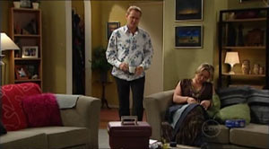 Max Hoyland, Steph Scully in Neighbours Episode 4940