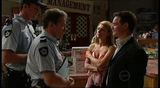 Izzy Hoyland, Paul Robinson in Neighbours Episode 4944